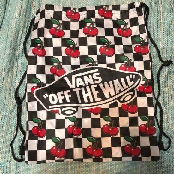 25873f0d7f New VANS drawstring checkerboard cherry backpack. M 5ab05f6ca825a61689a1f29b